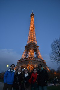 Your typical Eiffel Tower group pic. Also, in case you're wondering, it's not black, brown or grey. It's a silly beige color. This was one of the largest discovery of the weekend.