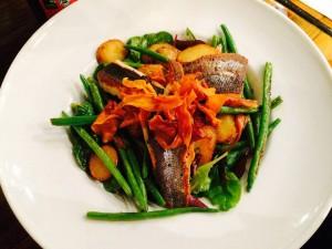 seabass-salad-the-quay-street-kitchen